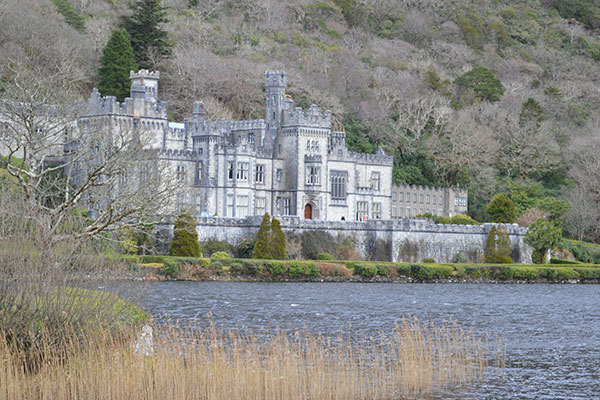 Notre Dame announces new partnership at Kylemore Abbey in Ireland