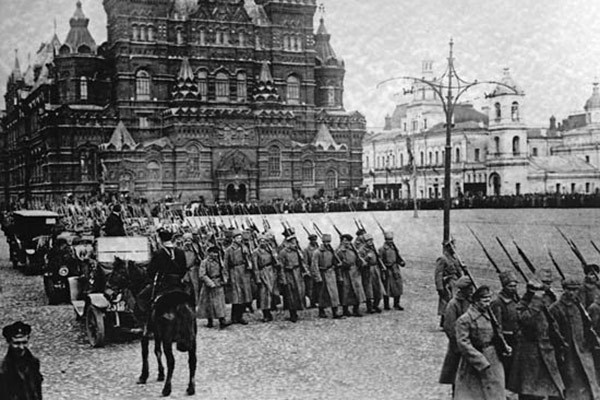 russian_revolution_of_1917_news_600x400