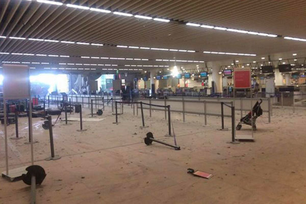 Brussels Airport by @Nikofire via Twitter